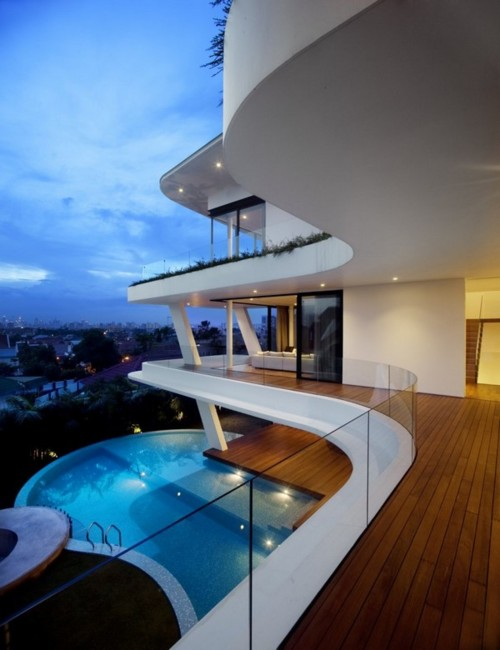 Attractive piece of Architect