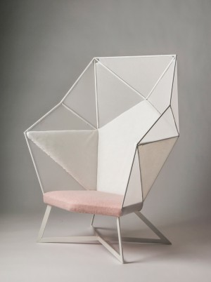 Larvatus Prodeo – A Brilliant Chair by Eva Fly