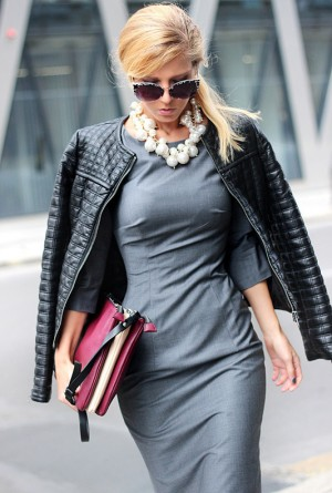 Get A WOW Effect With A Statement Necklace   fashionsy.com