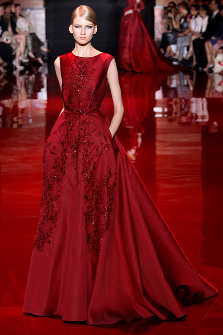 http://www.style.com/fashion-shows/fall-2013-couture/paris/elie-saab/collection/MARC003.450&#215 ...