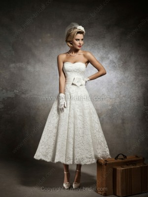 A-line Sweetheart Lace Tea-length Sashes / Ribbons Wedding Dresses