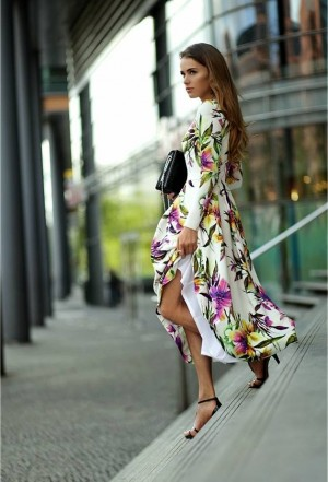 Bizuu White Fit and Flare Floral Maxi Dress