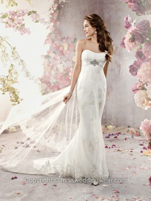 Sheath/Column Sweetheart Tulle Satin Court Train White Lace Wedding Dresses
