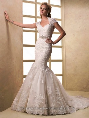Trumpet/Mermaid Queen-anne Lace Court Train Sashes / Ribbons Wedding Dresses