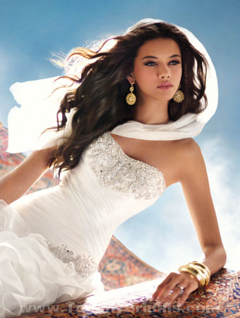 Only style 308.00 – discount Alfred Angelo 215 wedding dress dress,The drama continues tow ...