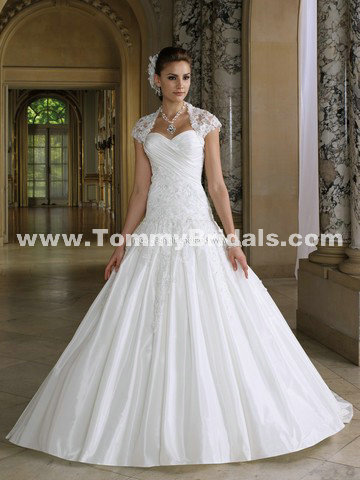 Only style 344.00 – discount David Tutera Easton 112219 Ball Gown Dropped Waist Halter Str ...