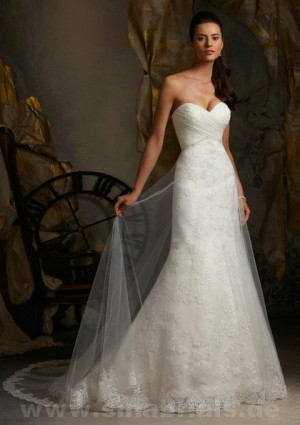Only – style 357.00 Mori Lee 5111 wedding dresses,Dress attributes a plunging V neck obta ...