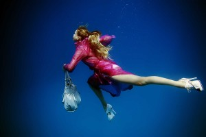 Underwater Fashion Photography by Peter De Mulder