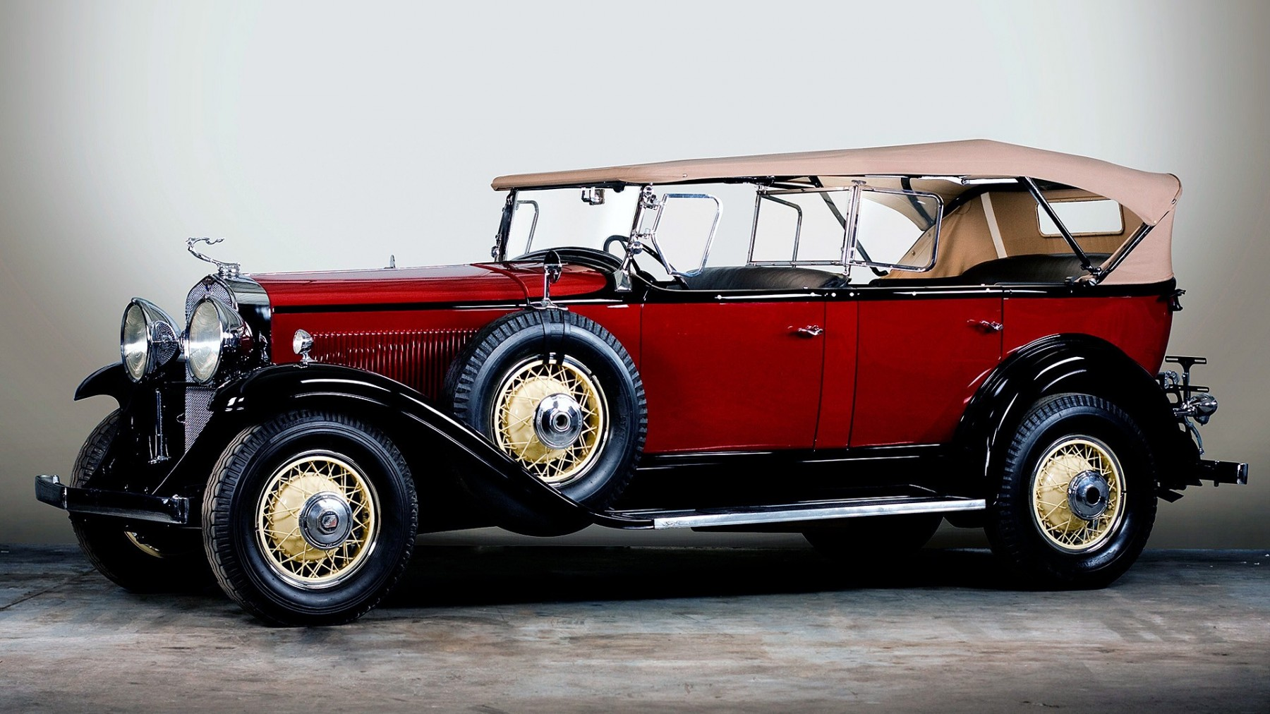 Classic Vintage Car – Photography Wallpapers