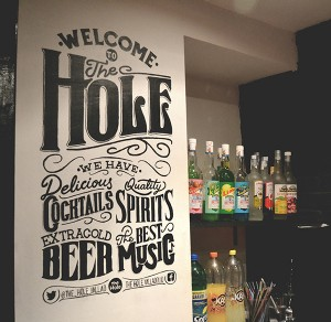 A lettering for a wall in The Hole, a pub in Valladolid (Spain)