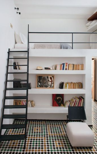 Loft with bookcase – modern boy's room