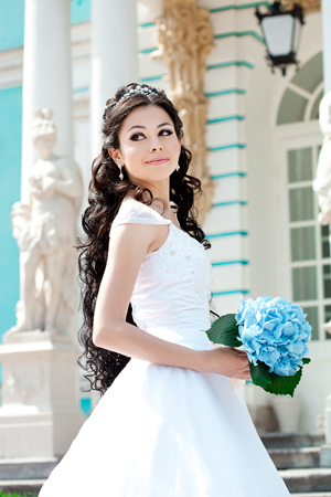 Long hairstyle for bride
