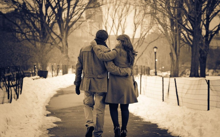 Love Couple in The Park – Photography Wallpapers