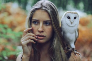 Beautiful Girl With Owl – Photography Wallpapers