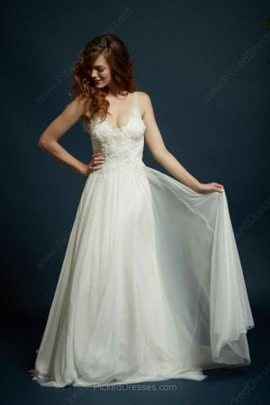 Chiffon Tulle A-line V-neck Sweep Train Beading Wedding Dresses