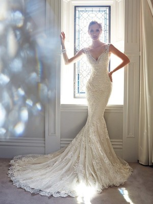 Trumpet/Mermaid V-neck Sleeveless Beading Chapel Train Lace Wedding Dress