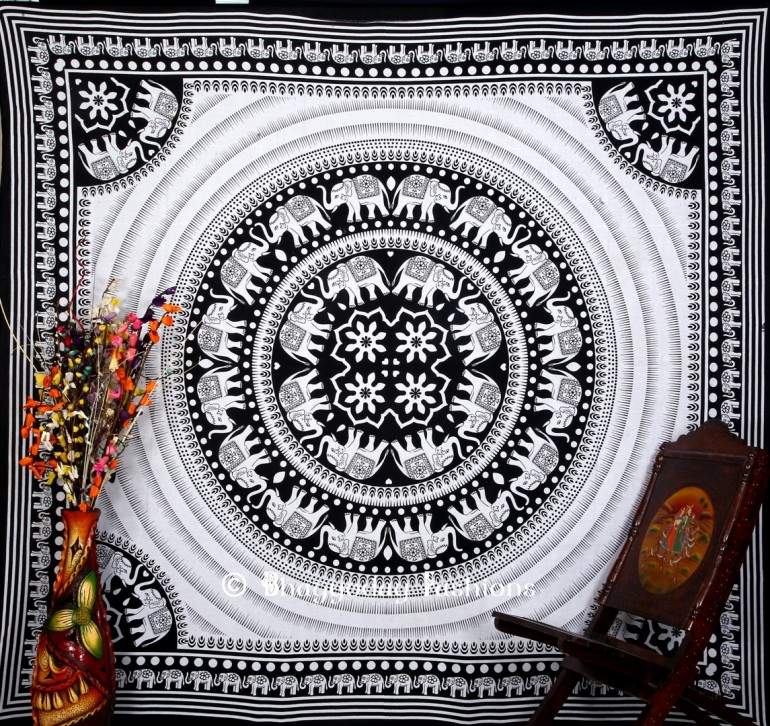 Tapestry Throw Bedding in Black & White Corner Print