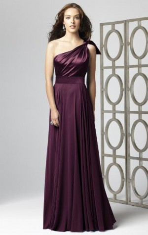 details about this dress on http://www.queeniebridaldress.co.uk/dress/cheap-long-amazing-bridesm ...