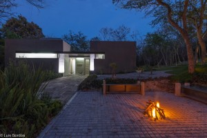 Casa Mexicana – RGT House conceived as a place to rest and recreation
