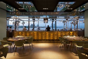 Gold and Turquoise Restaurant Decor in Barcelona – InteriorZine