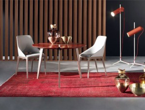 Sculptural Solid Oak Dining Tables by Sacha Lakic – InteriorZine