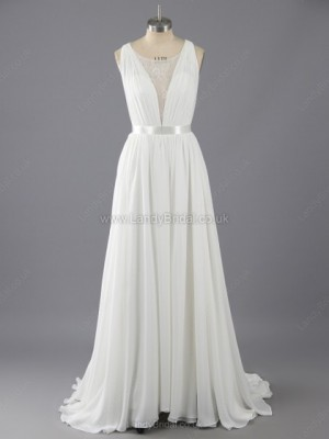 A-line Chiffon Tulle Scoop Neck Sweep Train Appliques Lace Wedding Dresses