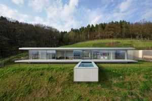 Innovative Sustainable Villa Built from Glass, Steel and Concrete