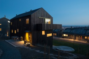 "Single family wooden house ""on top of Oslo"""