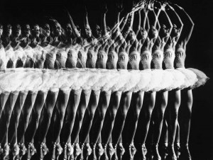 Black and White Photography by Gjon Mili