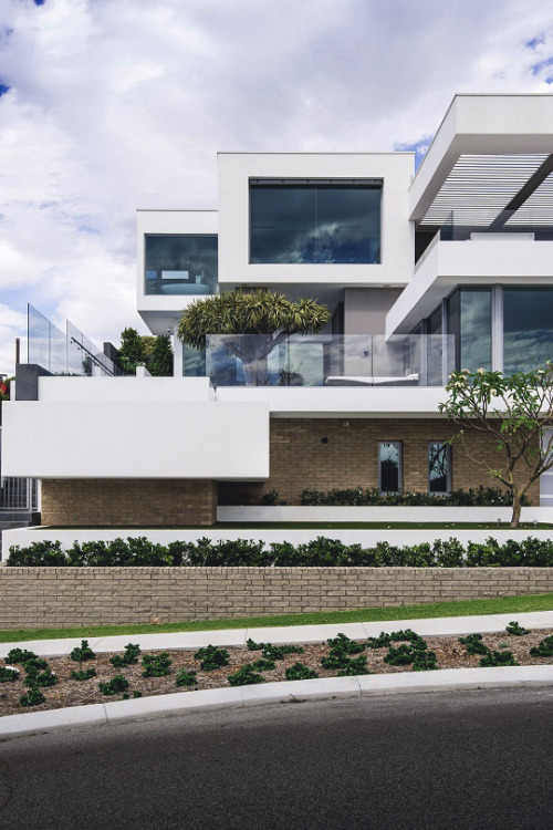 Trigg Residence by Hillam Architects