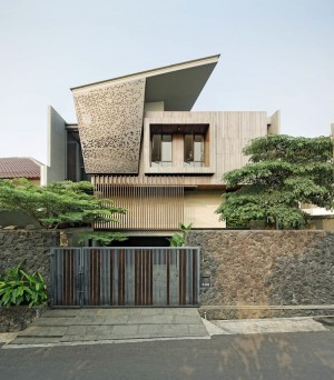 House Ben GP / Wahana Architects