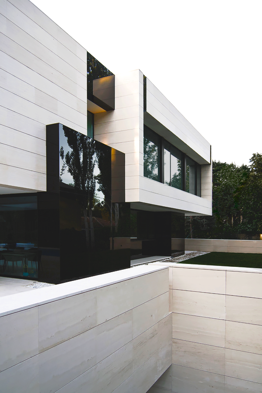 Park Residence – Designed by: A-cero Architects