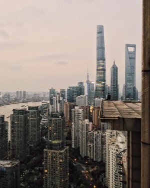 Shanghai – Tiny People in big places