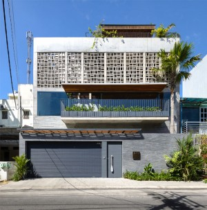 H House by VACO Design