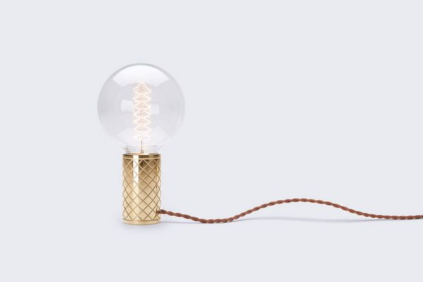 Complicated yet beautiful table lamp design
