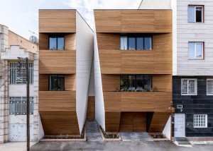 Afsharian's House by ReNa Design has vertical slice in facade