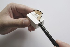 You can also sharpen pencil without blade