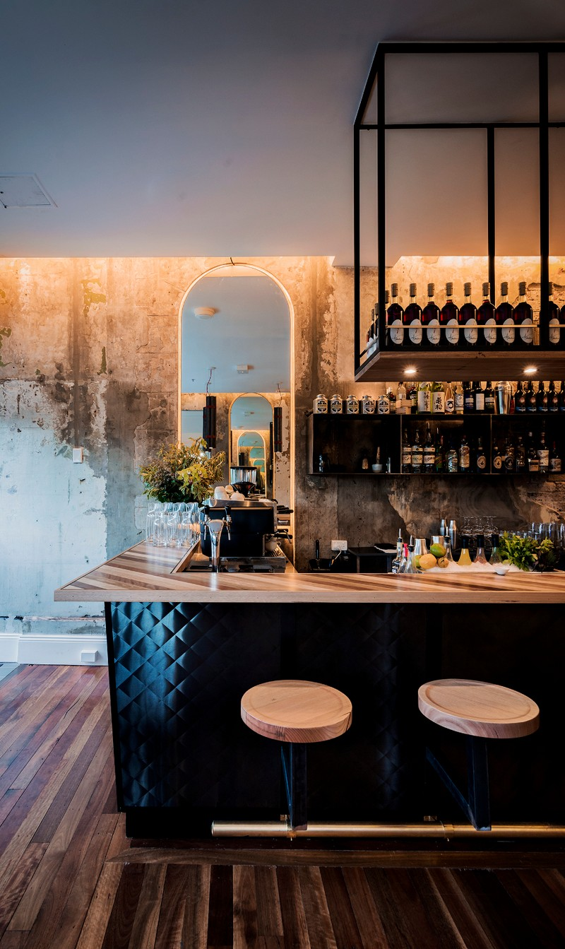 ACME Restaurant is a Raw and Intimate Retreat / Luchetti Krelle