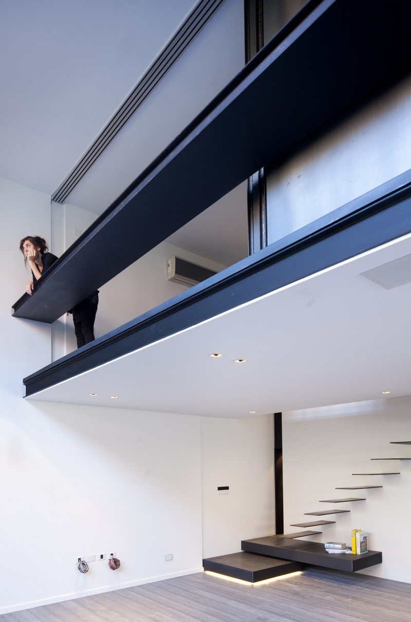 Gascon Apartment in Buenos Aires / a High Space Transformed into a Modern Home
