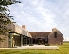 Former Barn House by Govaert & Vanhoutte Architects