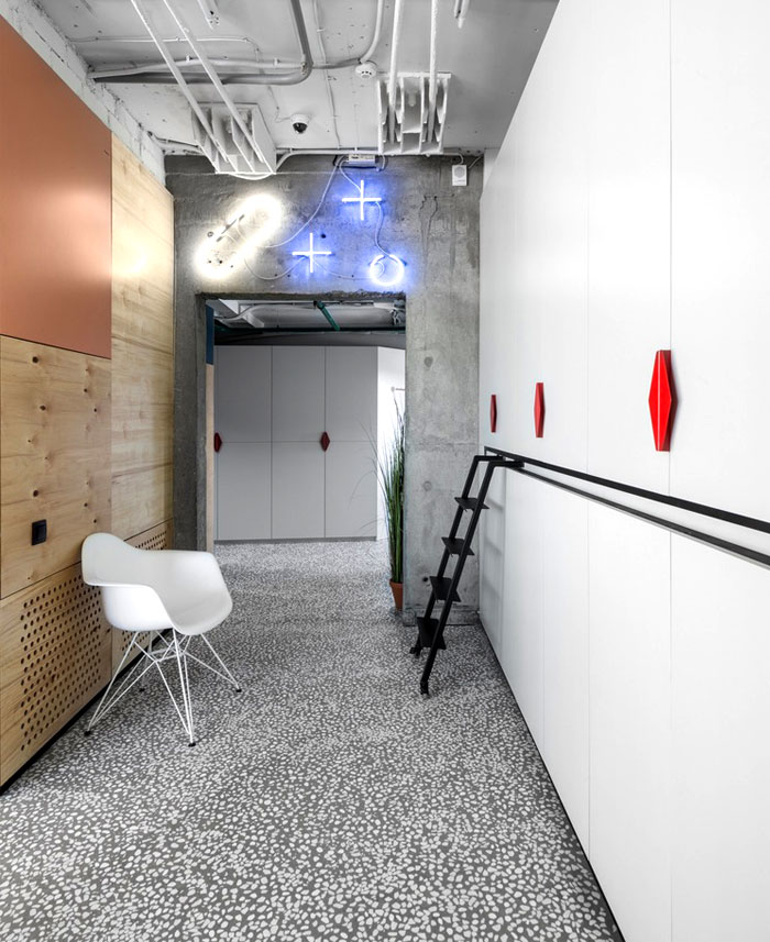 Vizor Office Interior by Studio11