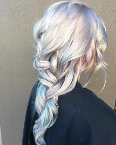 Holographic Hair Trend 2017