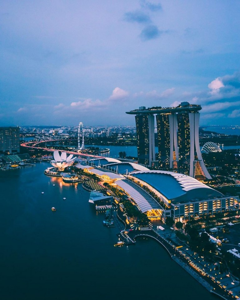 Beautiful Urban Instagram of Singapore by Jethro Hoon