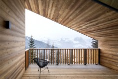 Alpine Cottage by Studio Razavi