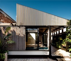 Semi-detached Cottage in Melbourne