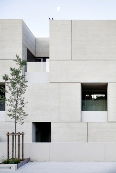 Courthouse / Ateliers 2/3/4/