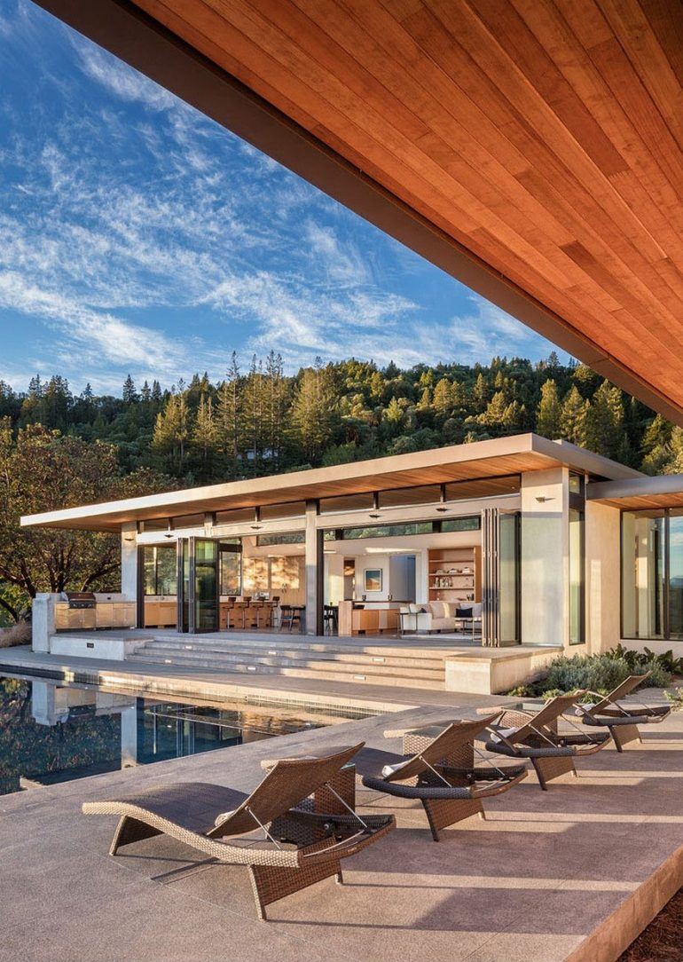 Family Compound in California Defined by a Perfect Indoor Outdoor Experience