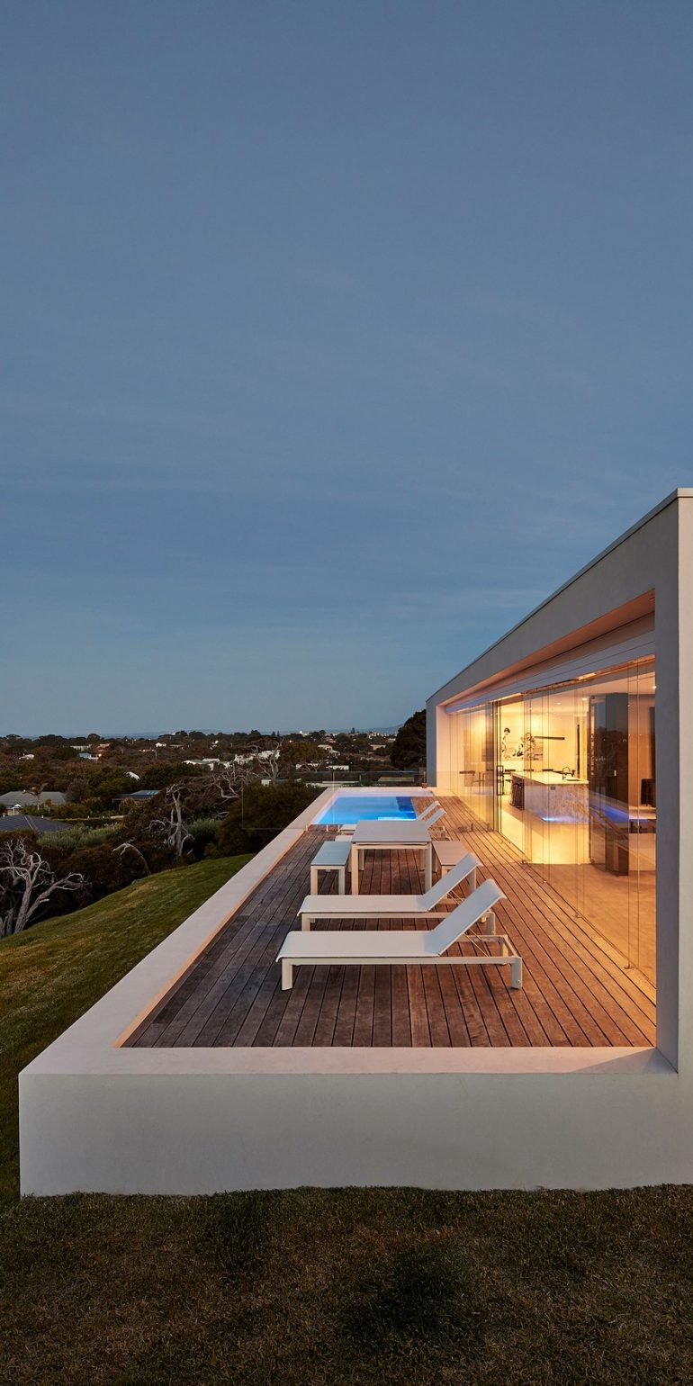 Wildcoast Residence by FGR Architects