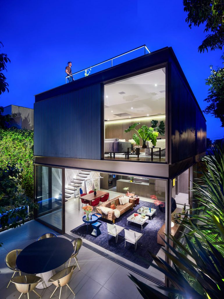 Box House in São Paulo Designed for a Young Architect