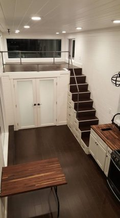 Family of Five's Ventana Tiny House: 32ft x 10ft Alpine Tiny Home with Three 'Bedroo ...